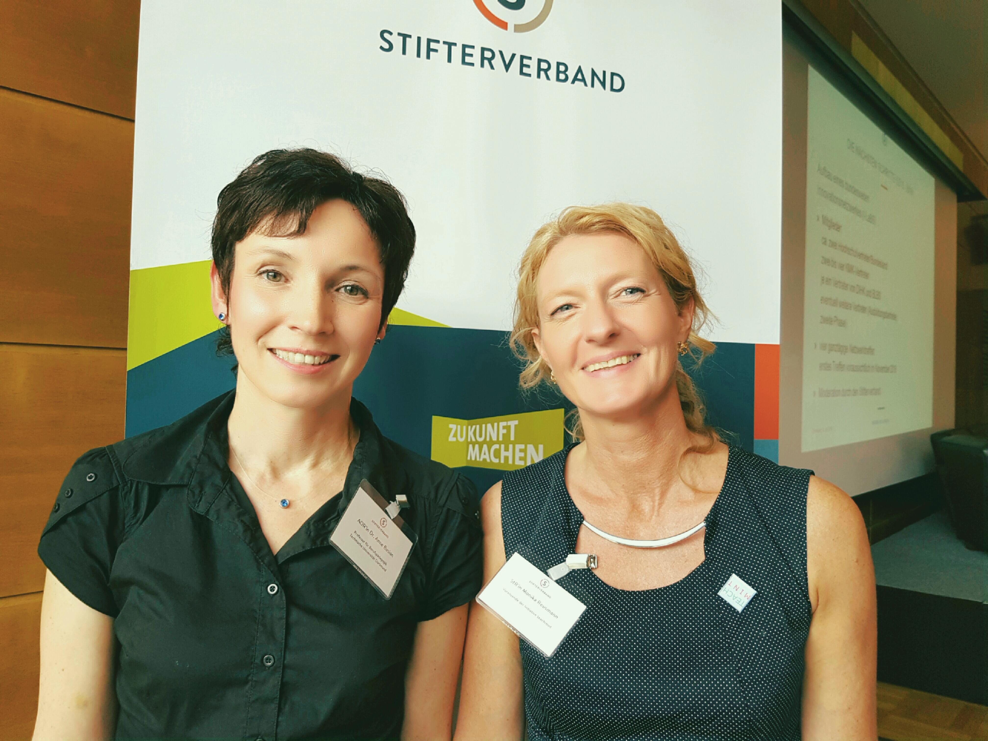 Dr. Anne Busian, 2. Vorsitzende teachmint! e.V., Monika Reusmann