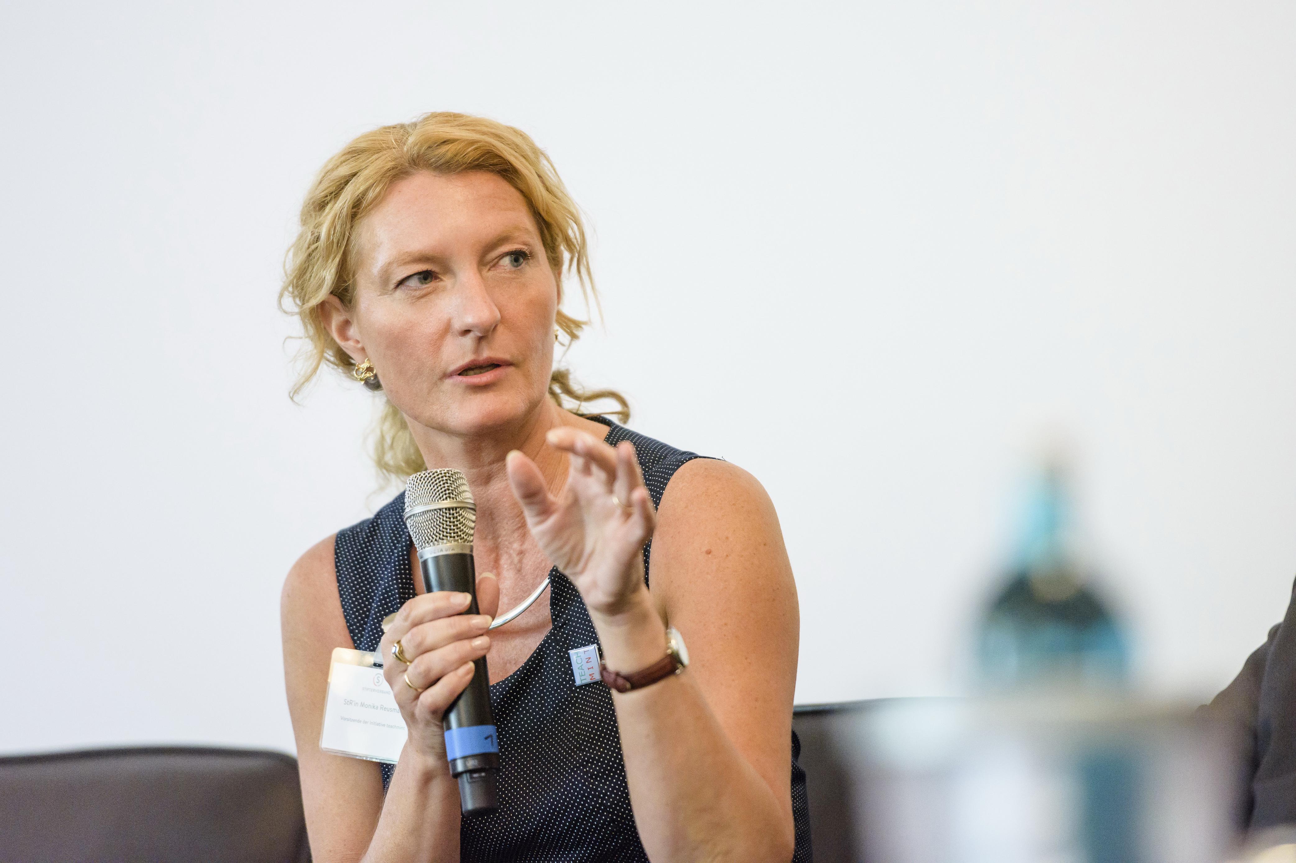 Podiumsdiskussion, M. Reusmann, Foto: Damian Gorczany/Stifterverband