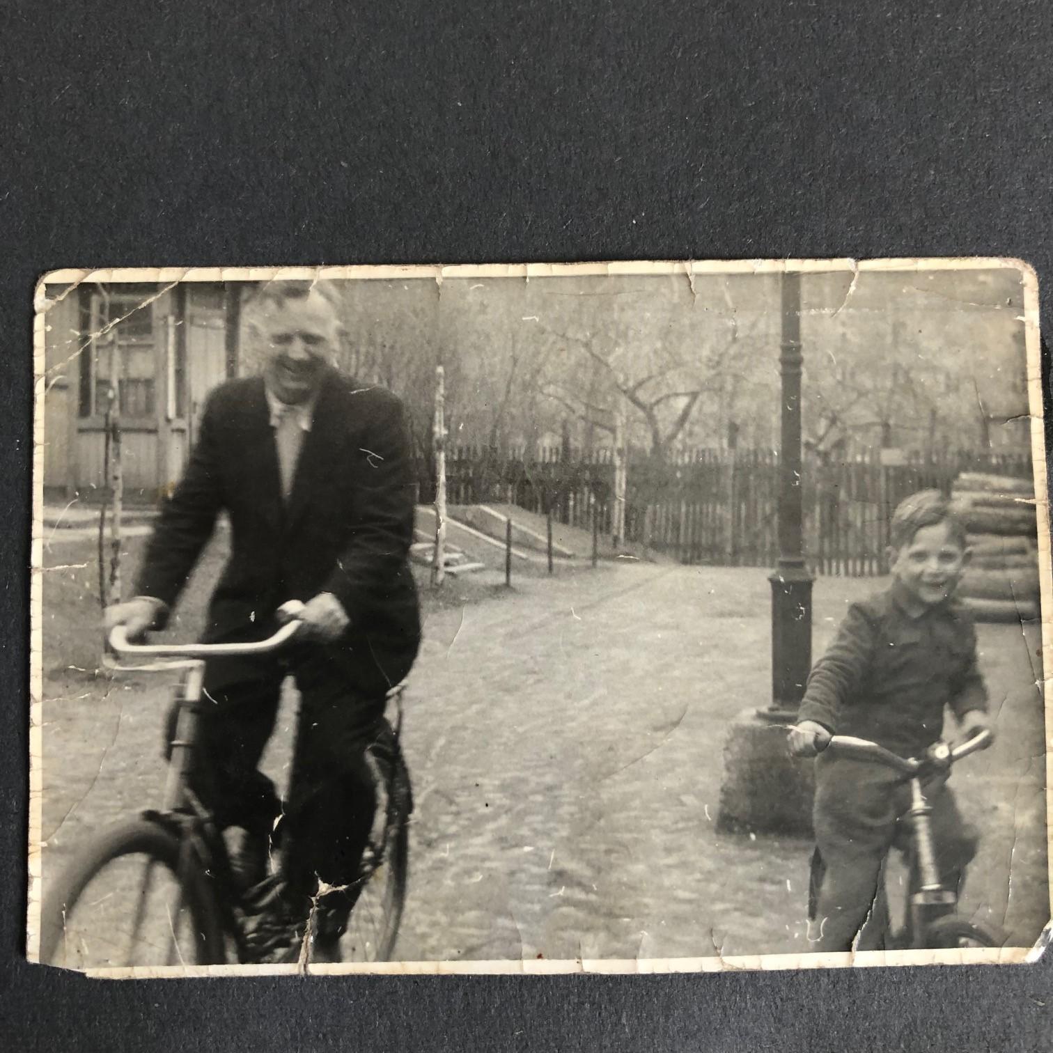 Walter und Rüdiger, etwa 1947