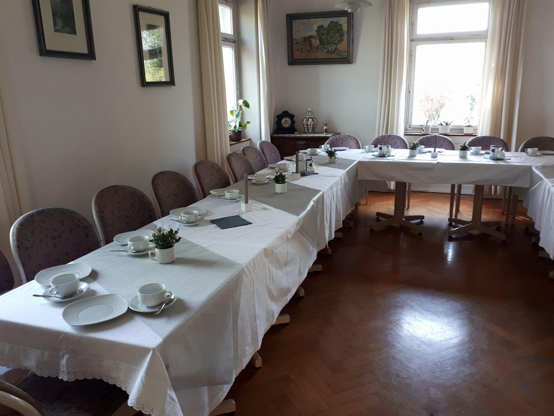 Kaffeetafel für Trauerfeier  ©Melli Bäurle