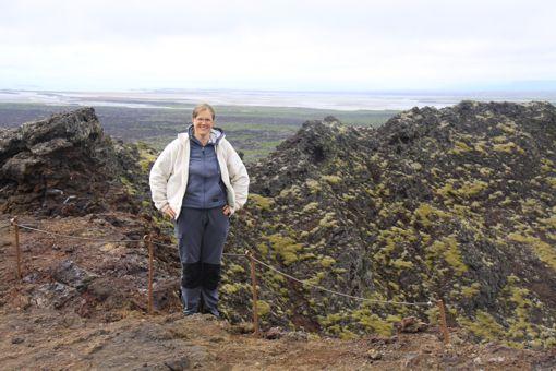 Auf dem Kraterrand der Eldborg, Island