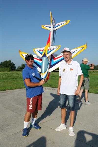 Max mit Christophe Paysant-Le Roux dem Weltmeister