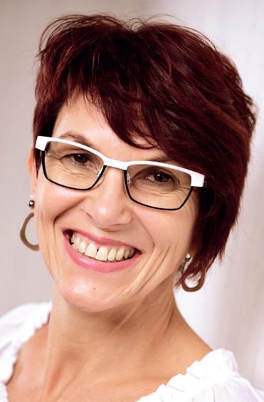 Andrea Belusa Fachwirtin im Gesundheits- und Sozialwesen IHK, Erziehungs- und Entwicklungsberaterin, Ktpp