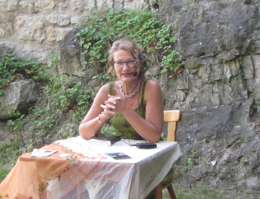 Gabi Kreher während der Lesung