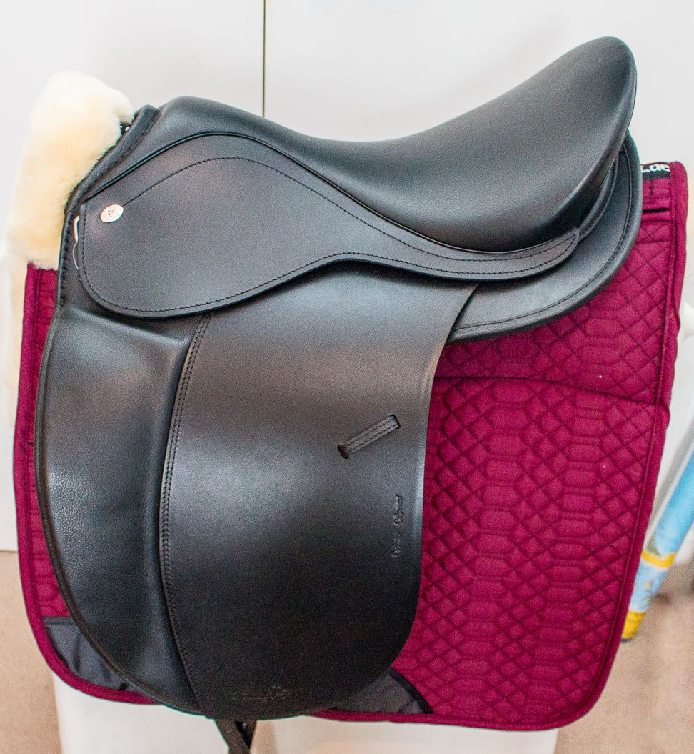 Hidalgo saddle system incl. saddle cloth and padding