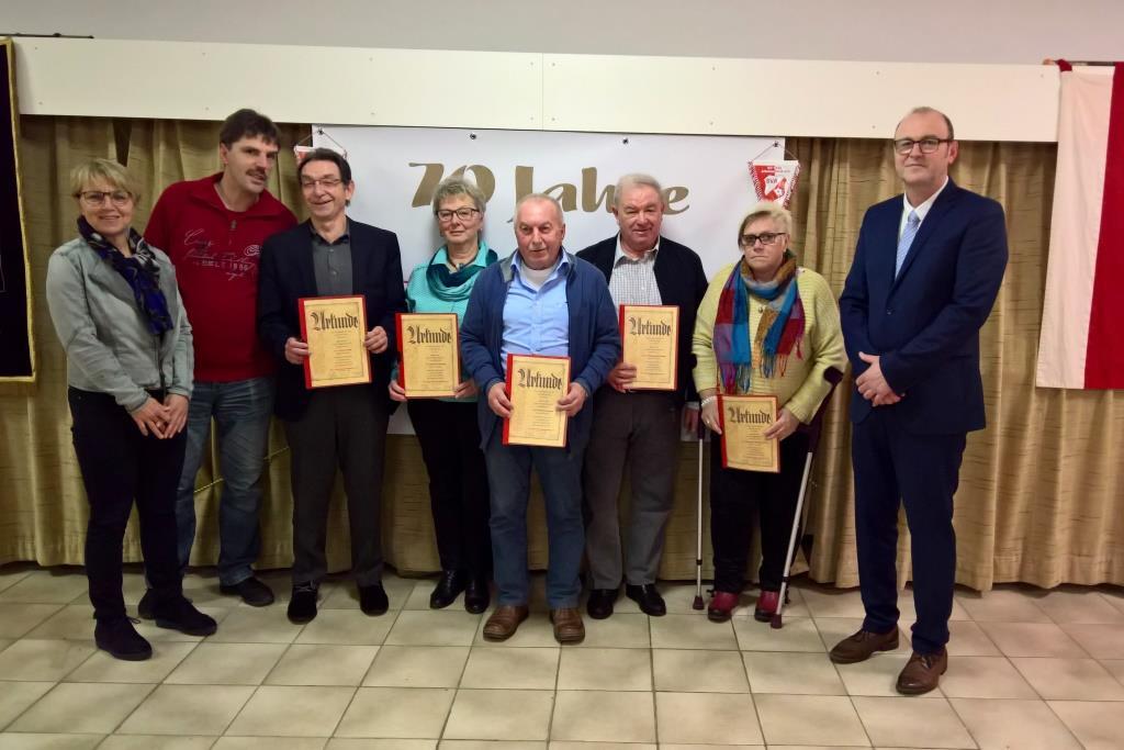 Monika Münich, Uwe Eberlein, Kurt Zink, Maria Gehring, Heinz Gegner, Wolfgang Krünes, Monika Fleischmann und Hans-Dieter Kern